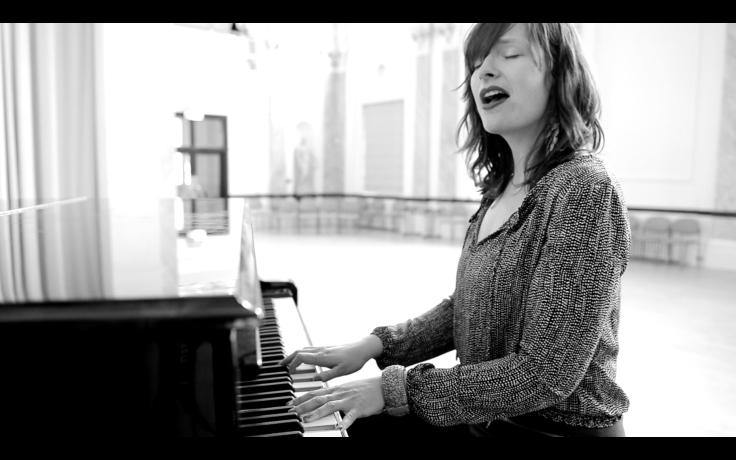 B & W Piano